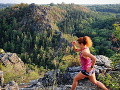 Lenka Vacvalová sa vo voľnom čase venuje ultramaratónom.