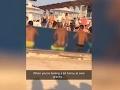 Nechutné FOTO z dubajského rezortu: Mladíka nachytali pri sexuálnych hrátkach v bazéne plnom detí