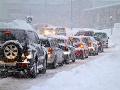 Slovensko čaká zimné peklo, týmto cestám sa vyhnite: Kolóny, nehody a uzatvorené úseky