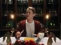 Macaulay Culkin vo vydarenej reklame.