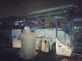 PRÁVE TERAZ Výbuch zasiahol autobus s turistami, niekoľko mŕtvych