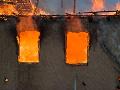 Tragický koniec: Požiar v chatrči usmrtil sedem detí