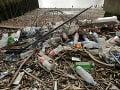 Svet sa zhodol v boji proti plastovému odpadu: USA sú opäť proti paktu OSN