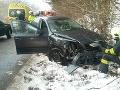 Všetci svätí stáli pri nehode na FOTO: Po čelnej zrážke v B. Bystrici traja zranení