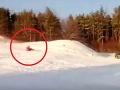 Desivý koniec sánkovačky: Žena (25) sa spustila z kopca, o pár sekúnd takmer zomrela
