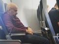 Trpké skúsenosti bývalej letušky s cestujúcimi.