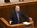 Pri konflikte na Ukrajine by malo Slovensko pomáhať civilistom, tvrdí Krajniak
