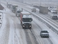 Dopravná situácia počas sneženia v okrese Zvolen.