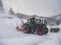 Biele peklo trápi celú Európu: Počasie vzalo už 12 životov, pohotovosť v Alpách