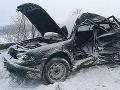 FOTO Tragédia na diaľnici v okrese Ilava: Vodička (†36) auta neprežila zrážku s autobusom