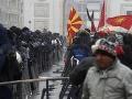 Spor o oficiálny názov Macedónska: Stoltenberg a Mogheriniová novelu ústavy privítali
