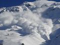 Turisti, pozor: Vo Vysokých, Západných a Nízkych Tatrách stúpa lavínové nebezpečenstvo