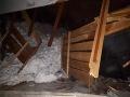 FOTO V Oravskej Lesnej sa zrútila strecha výrobného závodu, na mieste je aj armáda