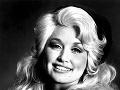 Dolly Parton ako 24 ročná.
