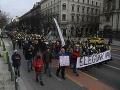 Maďarsko v pohotovosti: Po celej krajine sa konali ďalšie protesty proti Orbánovej vláde