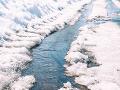 Začína sa nepríjemné obdobie: SHMÚ varuje pred topiacim sa snehom a povodňami