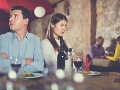 V reštaurácii sa odohrávalo poriadne trápne rande: Čašník sa už na to nemohol pozerať, zasiahol