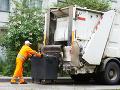 Otrasný nález na skládke v Hlohovci: V smetiarskom aute objavili mŕtvolu