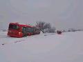 Sneženie komplikuje dopravu: FOTO Dávajte si pozor na tieto úseky, meteorológovia varujú!