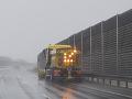 Vodiči, pozor na zľadovatený sneh: Riziko hrozí najmä na strede a východe Slovenska