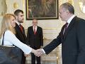 Na snímke prezident SR Andrej Kiska počas prijatia Zuzany Čaputovej a Milana Šagáta v Bratislave 2. mája 2016.