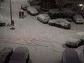 Chaos v Británii: VIDEO Krajinu zasiahlo snehové peklo, šoféri zažili noc ako z apokalypsy