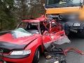 Smrteľná nehoda na Spiši: FOTO Vodička vletela pod cestárske auto, bola na mieste mŕtva