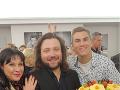 Najväčšou radosťou sú pre Patrasovú deti - na zábere so synom Felixom (v strede)