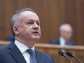 Prezident Kiska podpísal novely zákona: Dávka v hmotnej núdzi sa zvýši