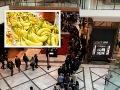 Ošiaľ v 21. storočí: FOTO Do obchodného centra v Bratislave sa vrátil socializmus, rad ako na banány