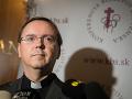 Katolícka cirkev čelí kritike: FOTO Velebenie Kotlebu na sociálnej sieti