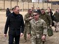 Neohlásená návšteva Afganistanu: Americký minister ide rokovať o mieri s Talibanom