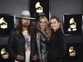 Miley Cyrus robili spoločnosť jej rodičia.