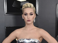 Katy Perry šokuje každý deň: Raz úplná krásavica a potom.... Preboha!