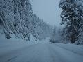Silná víchrica zasiahla Bosnu: Sneh ochromil cestnú i leteckú dopravu na väčšine územia