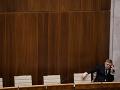 A je to vonku! Takto hlasovali poslanci za ústavných sudcov: Napätie trvá, zverejnili hlasovacie lístky