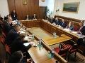 Pred hlasovaním zasadá ústavnoprávny výbor