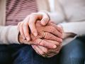 Pomáhanie najstarším a nekonečná