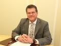 ROZHOVOR Kandidát na prezidenta Šefčovič: Som nezávislý s jasnou podporou Smeru