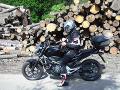 Jaro je vášnivým motorkárom.