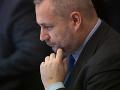 Dostál otvorene: Poslanec, ktorý príde o mandát pre odsúdenie, by nemal dostať odstupné