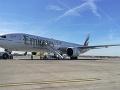 Dráma na pražskom letisku: FOTO Núdzové pristátie lietadla z Dubaja, dieťa skončilo v nemocnici