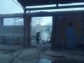 FOTO V Bánovciach nad Bebravou horela hala a ďalšie objekty: Škody za státisíce eur