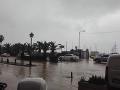 VIDEO Záplavy opäť sužujú Krétu: Úrady hlásia najmenej jednu obeť