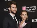 Miley Cyrus s manželom Liamom Hemsworthom.