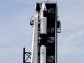 Elon Musk poslal do vesmíru ďalšieho testovacieho panáka: Modul Dragon poletí k ISS