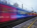 Tragédia v Nemecku: Vlak zabil policajta, ktorý prenasledoval dvoch zlodejov