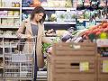 Slovenskí inšpektori objavili na pultoch pokazené potraviny, šokujúce zistenie o mäse