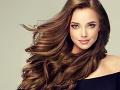 Chcete mať krásne a lesklé vlasy? Týchto päť RÁD by vám ich malo zaručiť