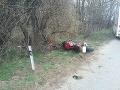 Vážna dopravná nehoda motorky v katastri obce Nesvady.